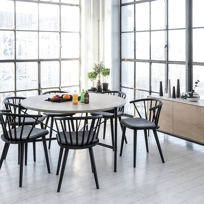 Ale-matbord-miljo-Edda-stol