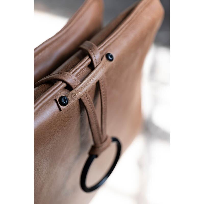 Chic fåtölj läder cognac detalj 2