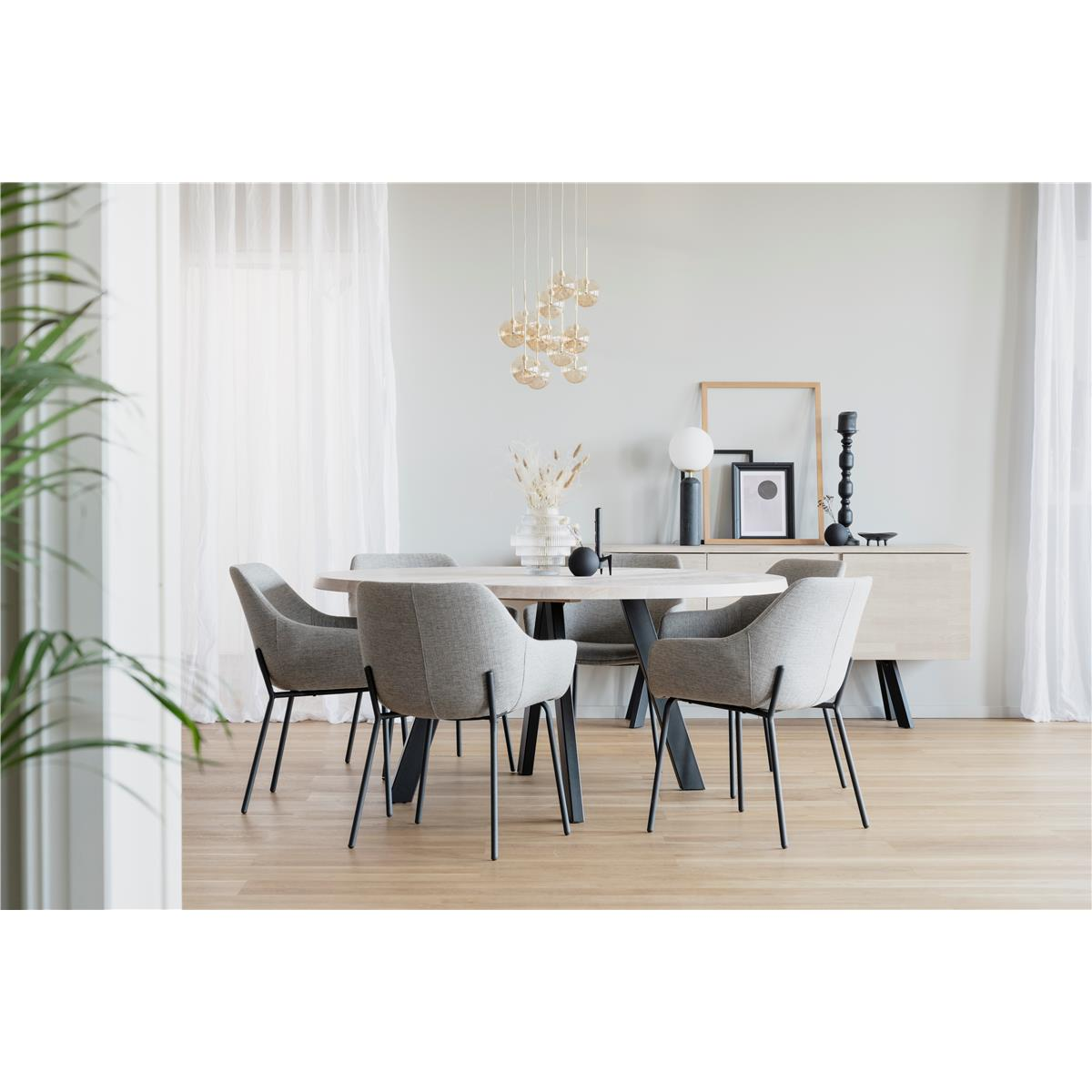 Fred-matbord-Vitpigmenterad-svart 117442 2