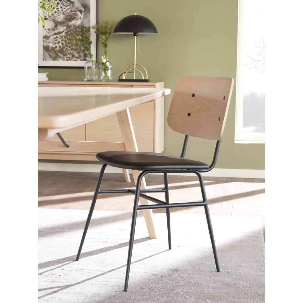 Graham-sideboard-vitpigm-118934_b-Brent-stol