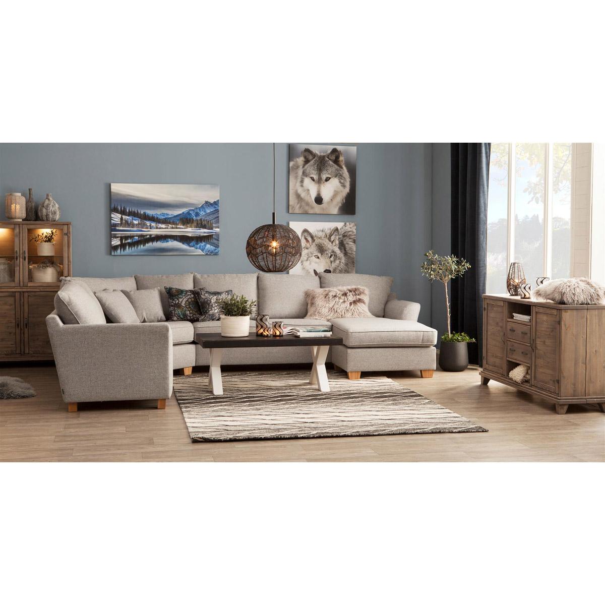 Mello hörnsoffa med divan ljusgrå miljö